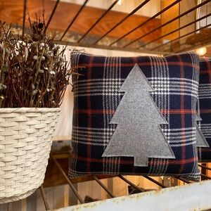 Pendleton Christmas Tree Throw Pillow